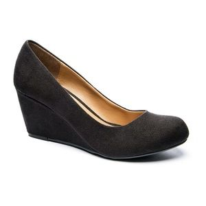 CL by Chinese Laundry Nima Wedge Pump